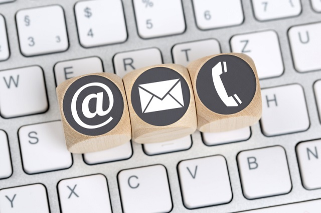 Communication response expectations